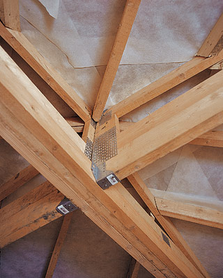 Крыша, кровля, стропильные фермы системы MiTek Фото, Изображение Крыша, кровля, стропильные фермы системы MiTek.